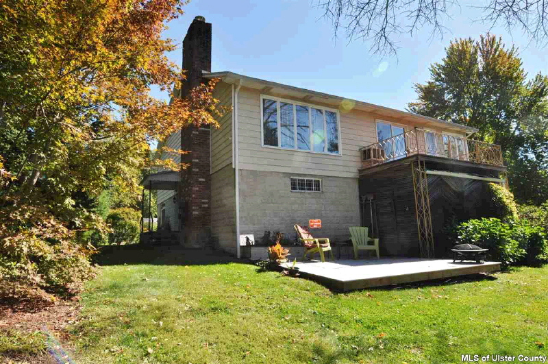 45 Ulster Ave., Ulster Park, NY 12487