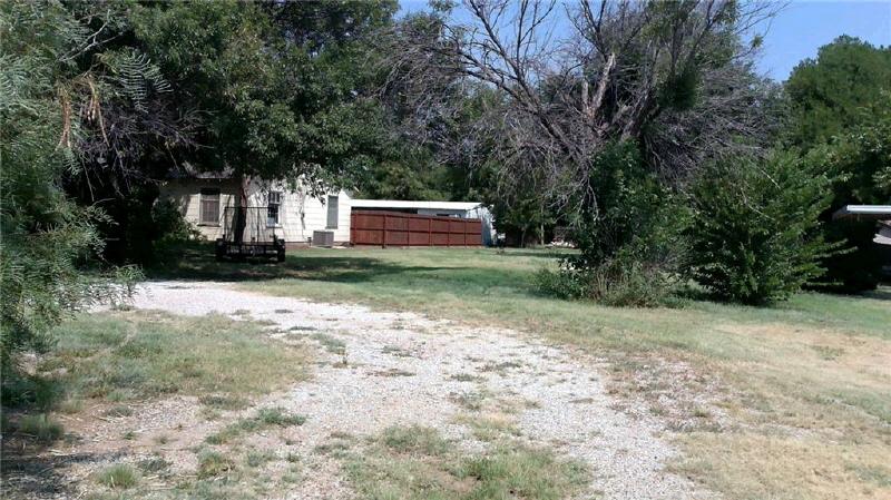 1213 Wesleyan, Stamford, TX 79553