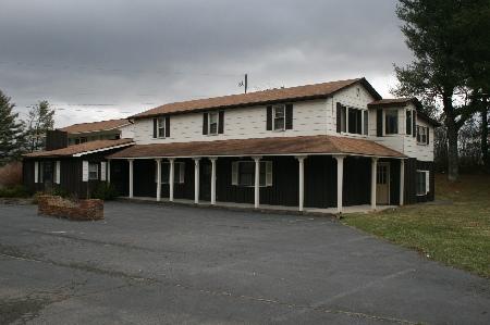 4921 E Lee Highway, Max Meadows, Virginia 24360
