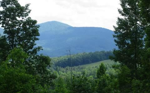42 Hills View Lane, Blairsville, GA 30512