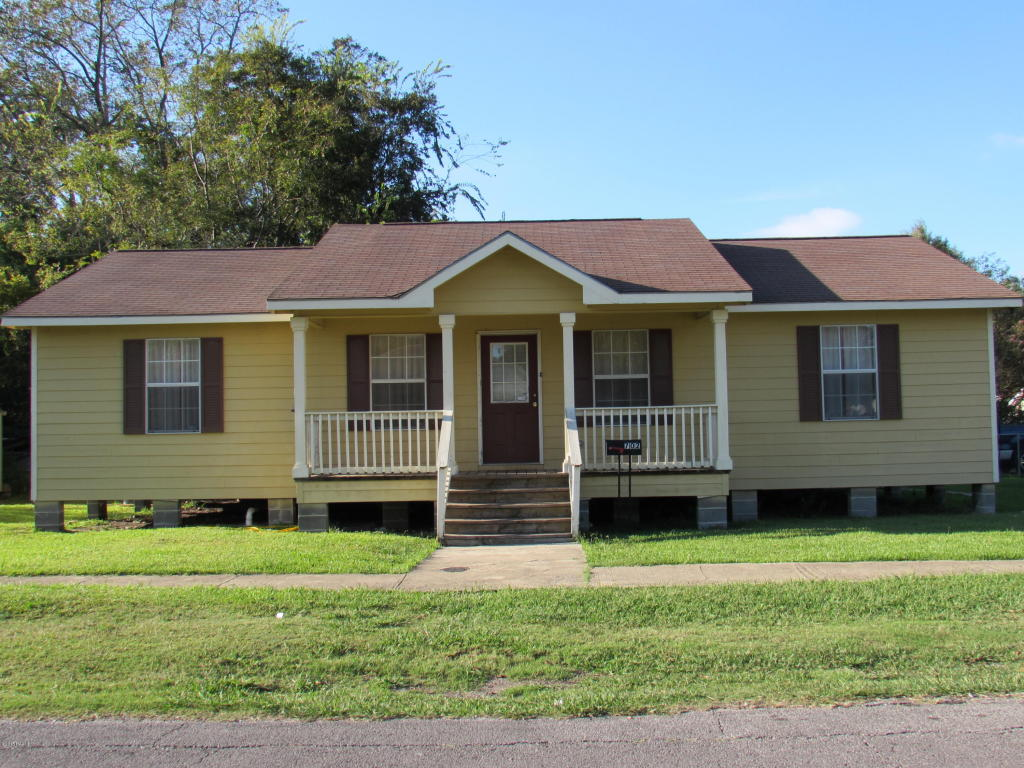 702 W 3rd St, Crowley, Louisiana 70526