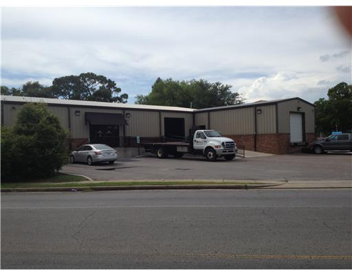 3803  Old Mobile Hwy, Pascagoula, MS 39581