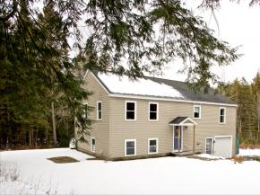 17 Andrew Ln, Canaan, NH 03741