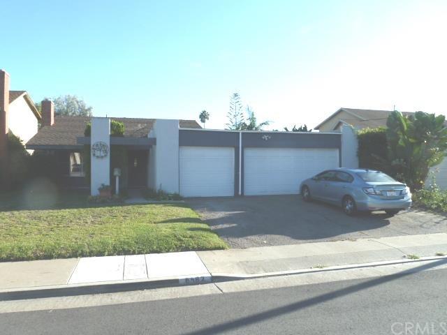 6562  Rennrick Cir, Huntington Beach, CA 92647