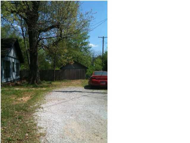 912 Bellemeade Ave, Florence, Alabama 35630