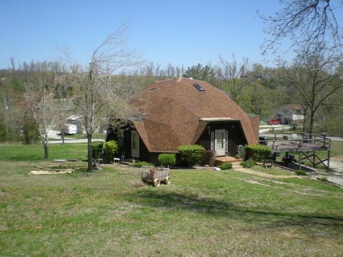 1102  Woodland Dr, Cave City, AR 72521