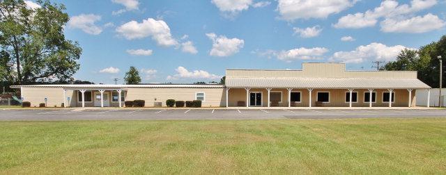 3014  Sylvester Road, Albany, GA 31705