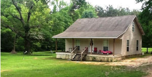 149 Young Ave, Calhoun City, MS 38916
