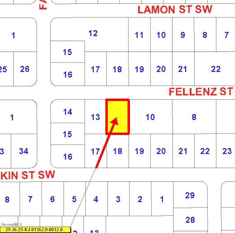 482 SW Fellenz St, Palm Bay, FL 32908