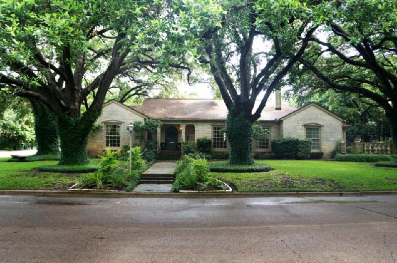 508 W Goodwin, Victoria, TX 77901