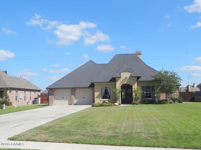 112 Sweetwater Crk, Youngsville, LA 70592