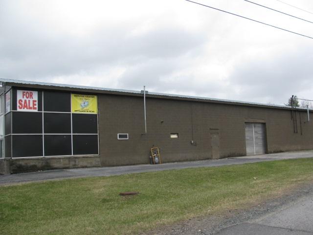 104 VAN Rd, Gloversville, NY 12078