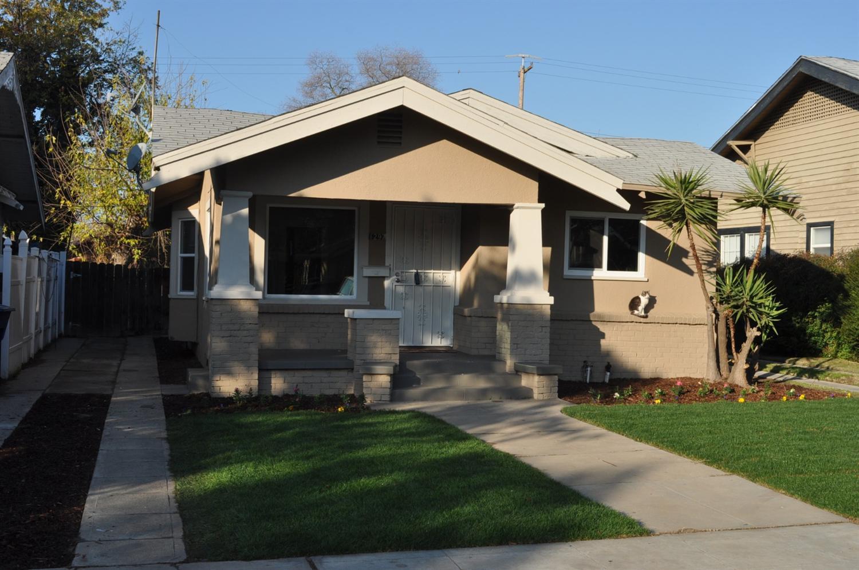 1297 N Echo Ave, Fresno, CA 93728
