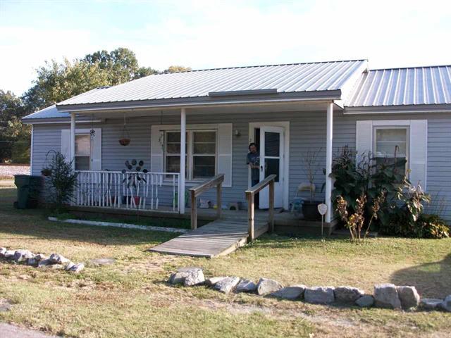 2260 Barrett, Humboldt, TN 38343