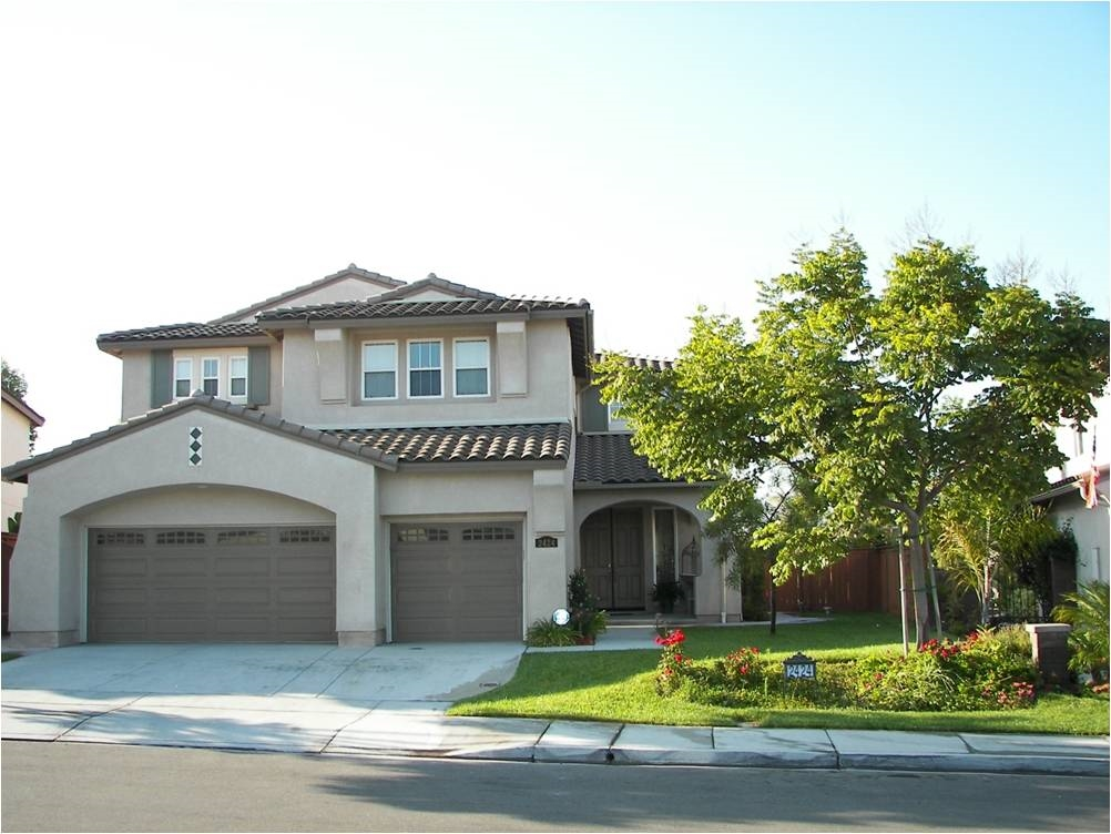 2424 S Trail Ct, Chula Vista, CA 91914
