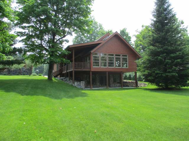 144 SUNSET SHORES RD, Iron River, MI 49935