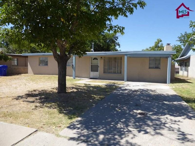 1424 THOMAS DR, Las Cruces, NM 88001