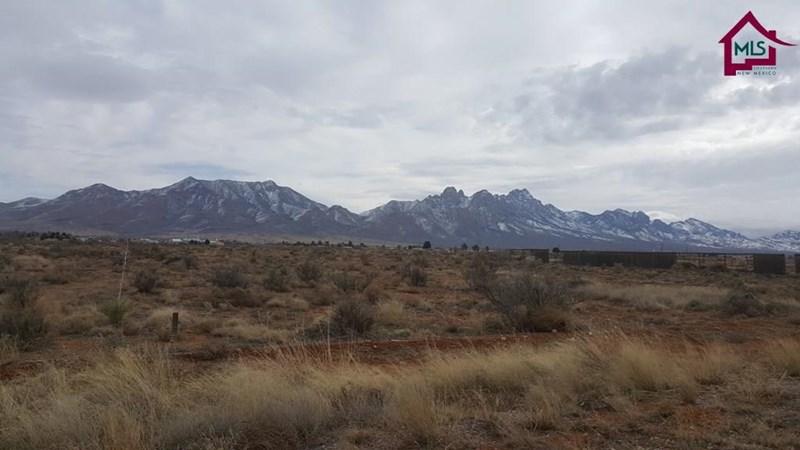 6351 WAGONS EAST TRAIL, Las Cruces, NM 88012