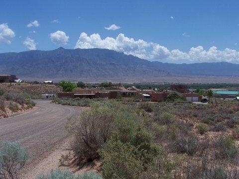 1401&1421 GROS VENTRE Drive NE, Rio Rancho, NM 87144