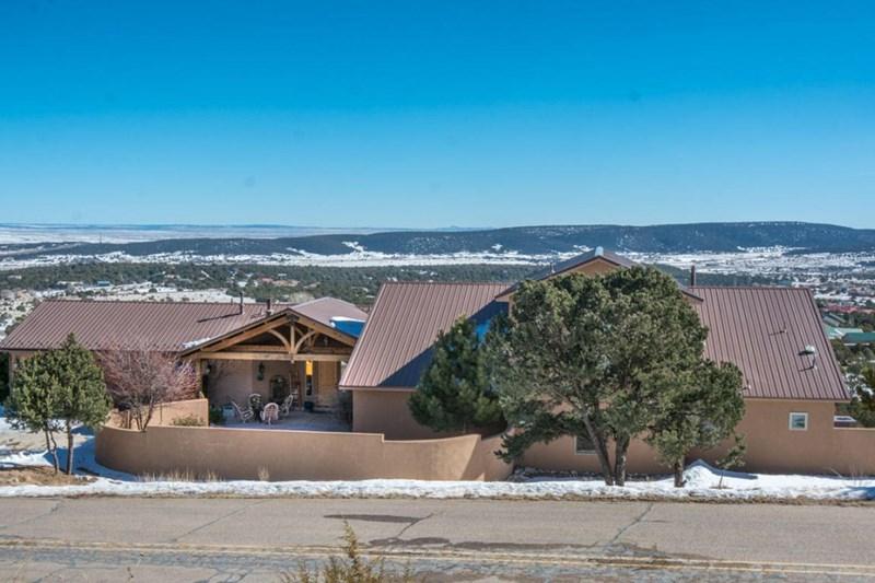 63 Sandia Mountain Ranch Drive, Tijeras, NM 87059