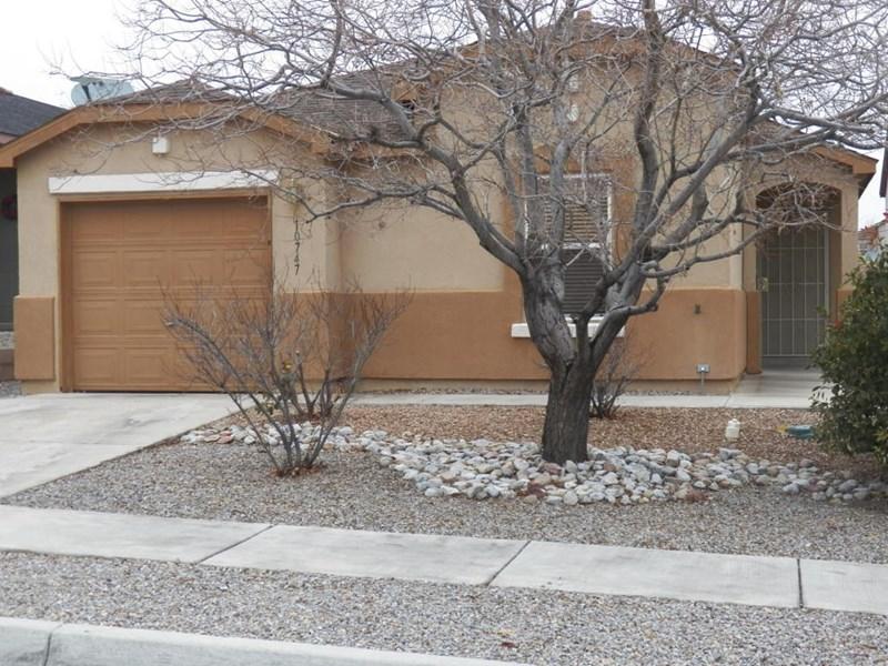10747 Gentry Lane SW, Albuquerque, NM 87121