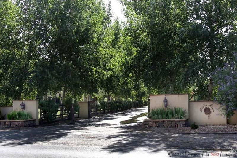 6844 Rio Grande Boulevard NW, Los Ranchos, NM 87107
