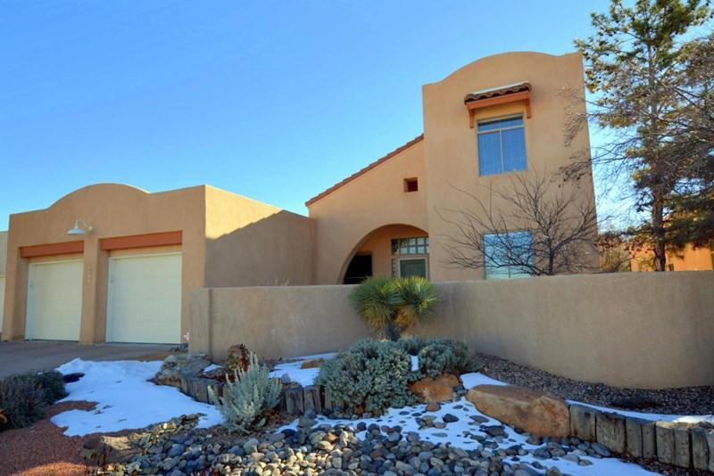 4912 Woodburne Road NW, Albuquerque, NM 87114
