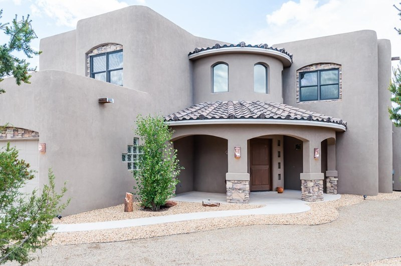 25 JAKES Place, Tijeras, NM 87059
