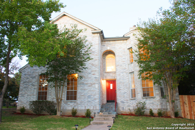 223 Willowbluff Dr, San Antonio, TX 78216