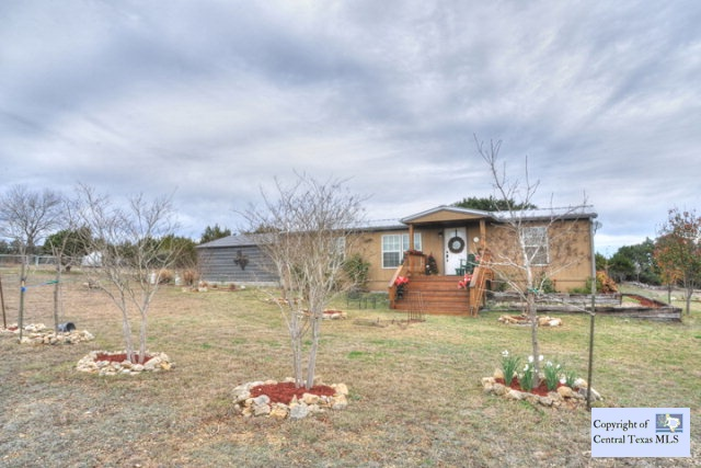 601 Rust Ranch Rd, Blanco, TX 78606
