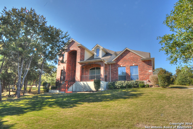 954 Santa Cruz, New Braunfels, TX 78132