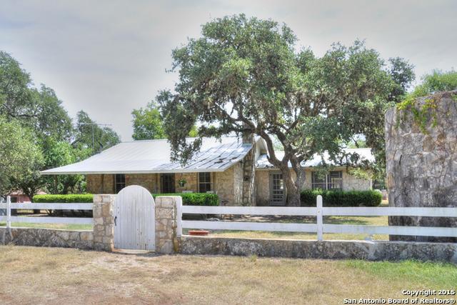 105 Spring Creek Road, Boerne, TX 78006