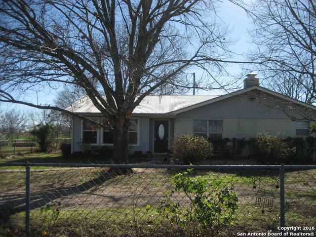 14489 Miller Rd, St Hedwig, TX 78152