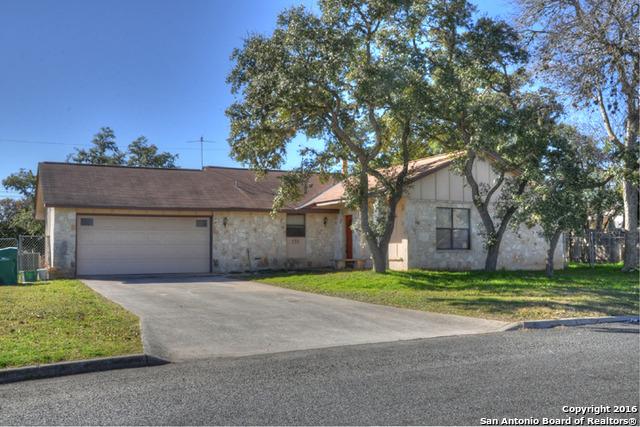 133 Hughs St, Boerne, TX 78006