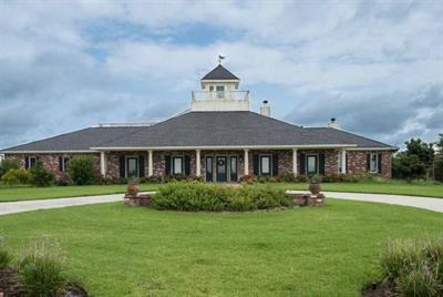 15360 Grace Circle, Beaumont, Texas 77705