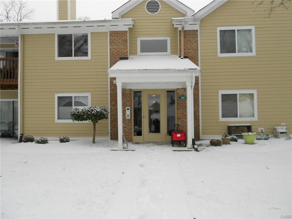 60 Mallard Glen Dr, Centerville, OH 45458