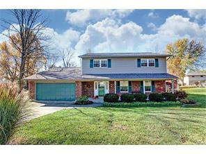 1810 Ambridge Rd, Centerville, OH 45459