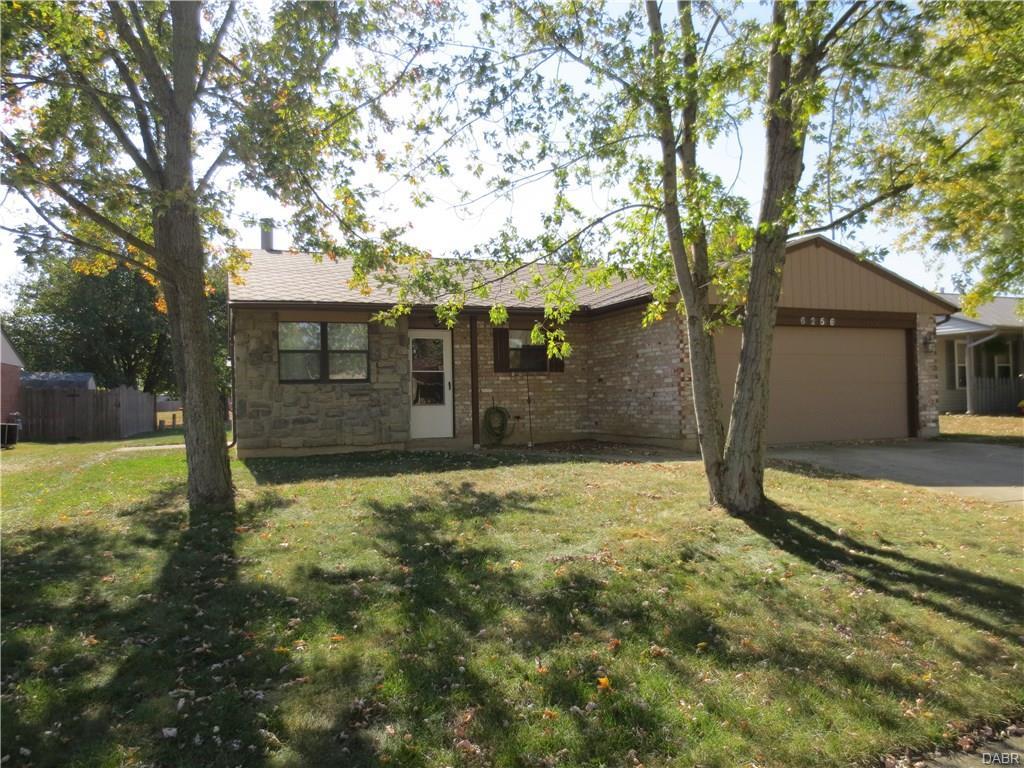 6256 Beacon Tree Ct, Dayton, OH 45424