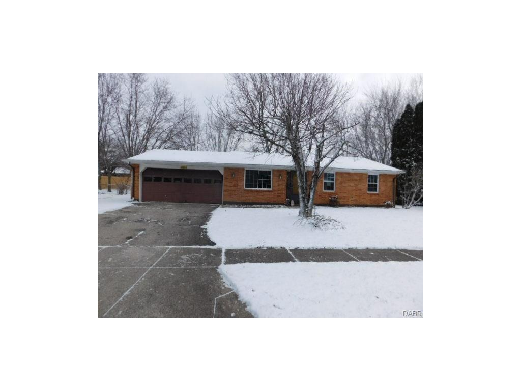 6551 Sunnyhills Dr, Clayton, OH 45322