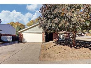 8641 Pinegate Way, Dayton, OH 45424