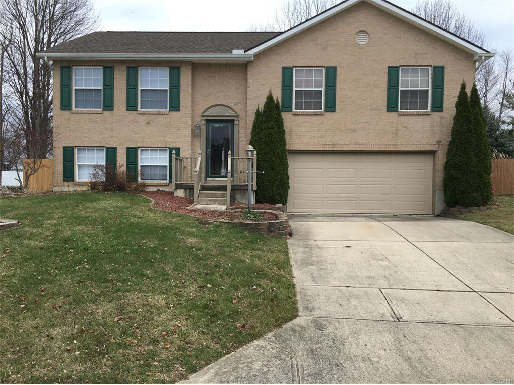6382 Sterling Maple Ct, Clayton, OH 45315