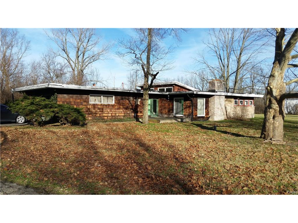 5849 Dayton Farmersville, Dayton, OH 45417