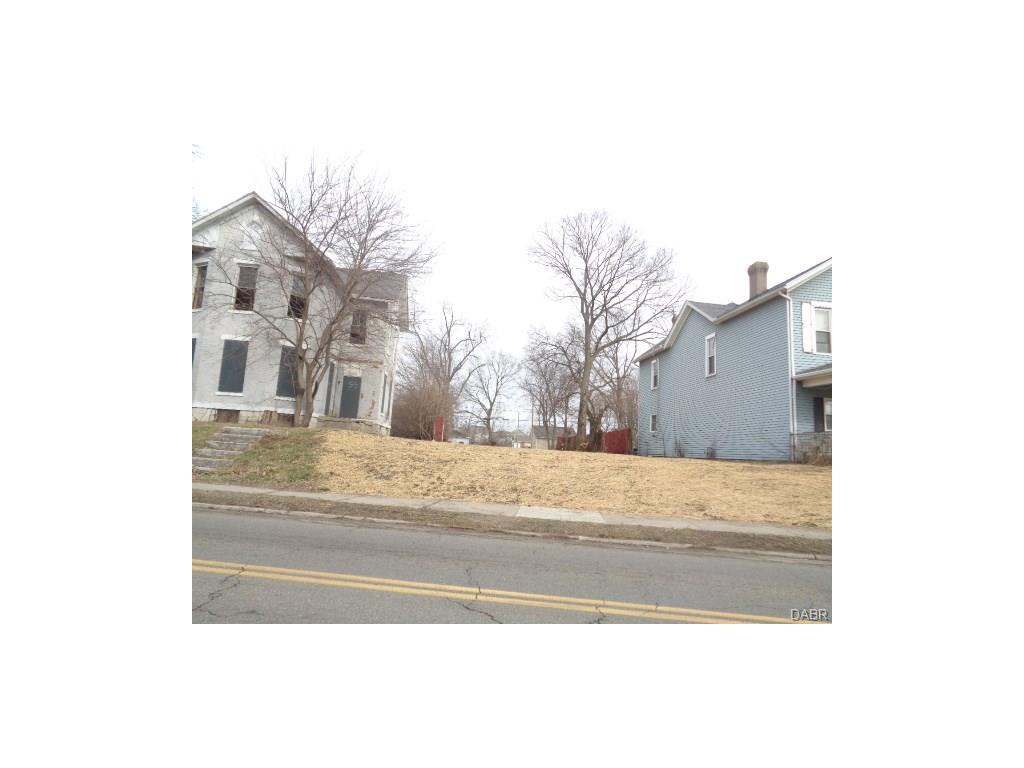1031 Riverview Ave, Dayton, OH 45402