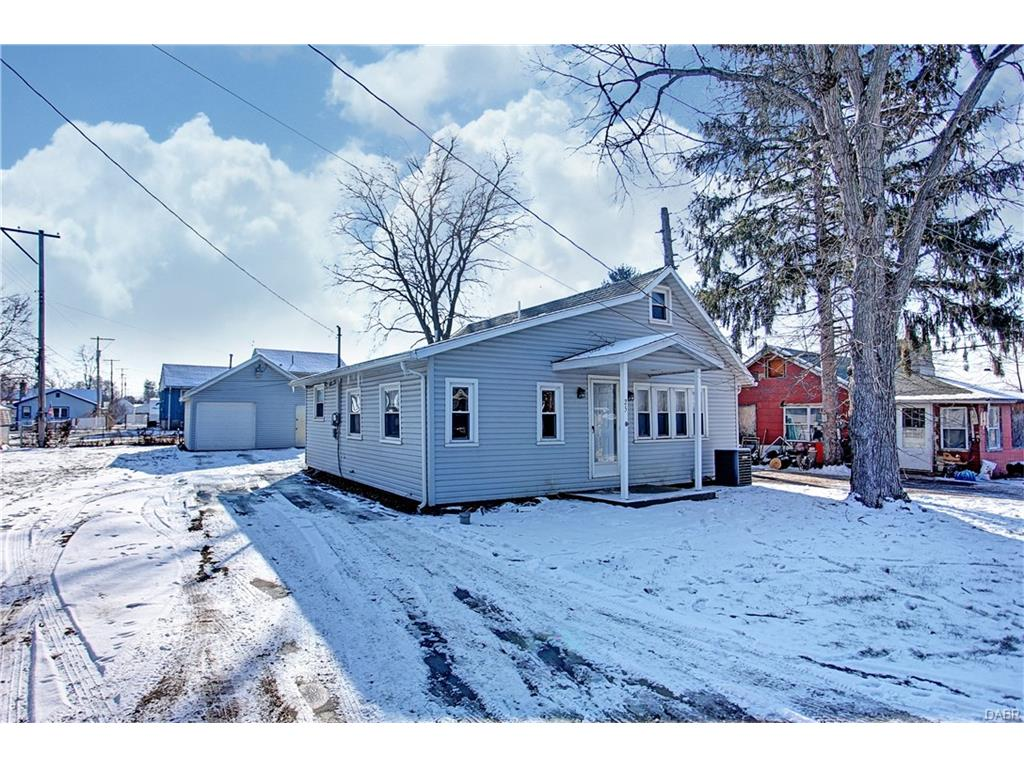 25 Maple, Medway, OH 45341