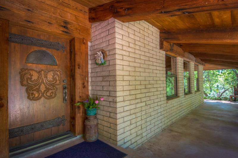 13980 Linda Vista Dr., Shasta Lake, CA 96089