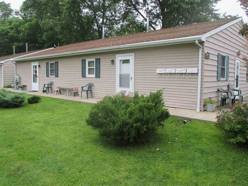 205 N Line Street, South Whitley, IN 46787