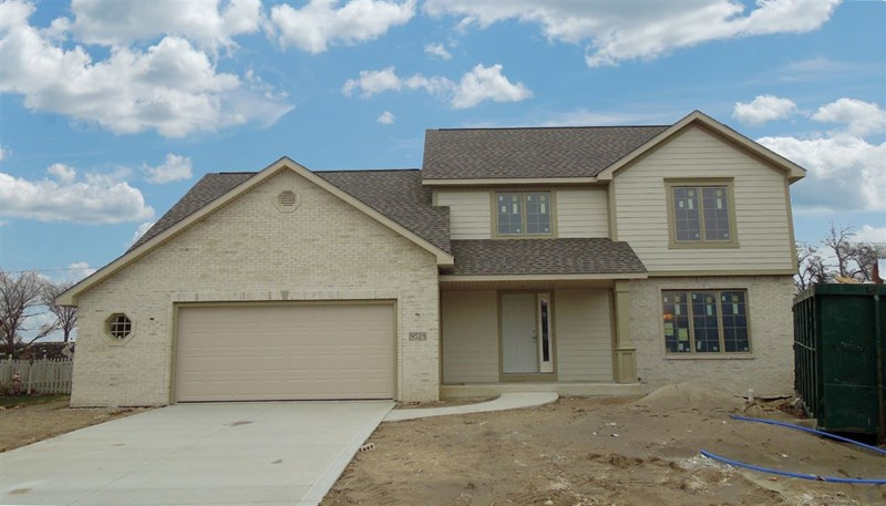 9523 YELLOW FEATHER Court, Leo, IN 46765