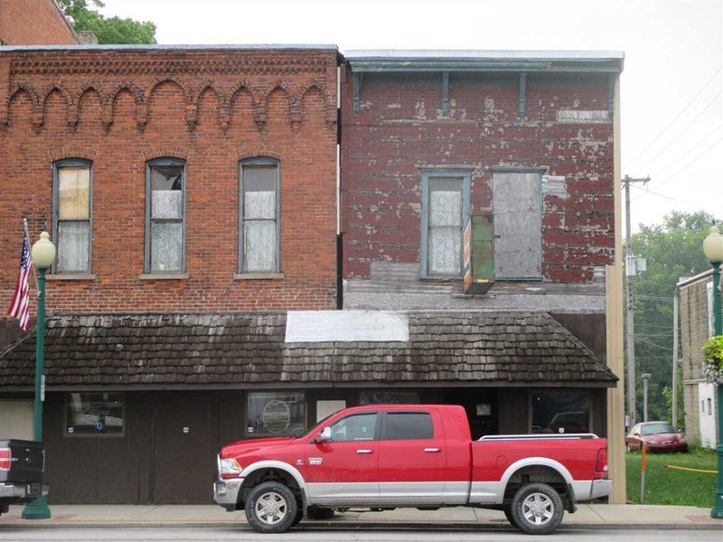 212 S State Street, South Whitley, IN 46787
