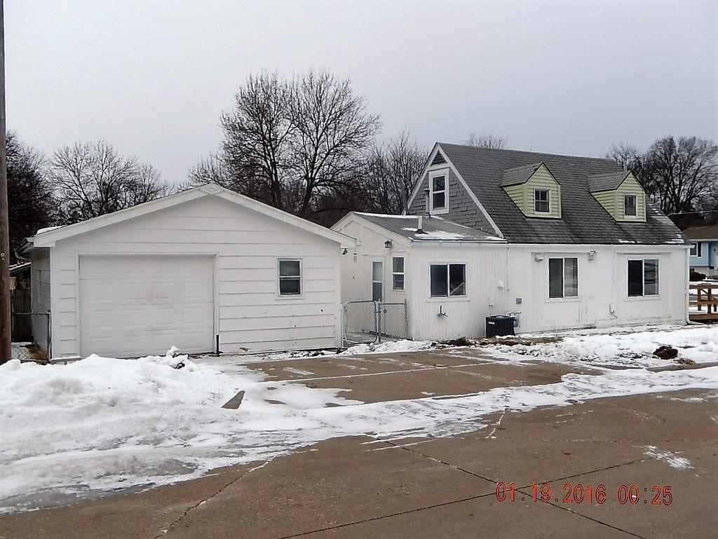 1100 Bundy ST, Des Moines, IA 50315