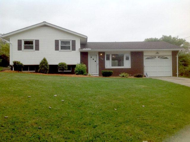 526 Valley View Rd, Mansfield, OH 44905